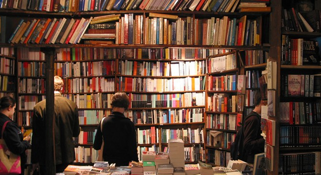 Đọc sách rất tốt, nhưng làm sao để biết đó là một cuốn sách đáng đọc?