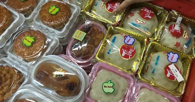 Nghi ngại bánh trung thu giá siêu rẻ