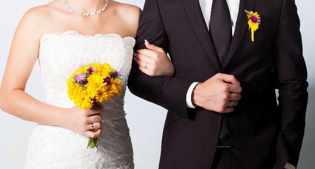 """""""Giả kết hôn"""" để mua nhà"""