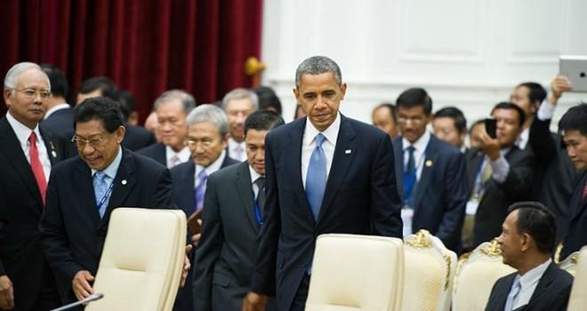 """Lào """"thức tỉnh"""": Cơ hội để Obama đánh bật Trung Quốc khi tới Vientiane?"""