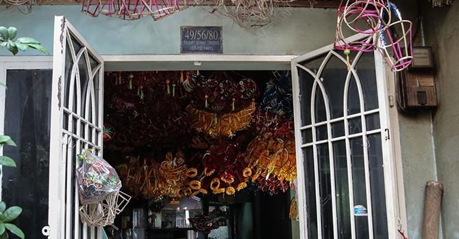 Xóm lồng đèn nửa thế kỷ ở Sài Gòn mùa trung thu