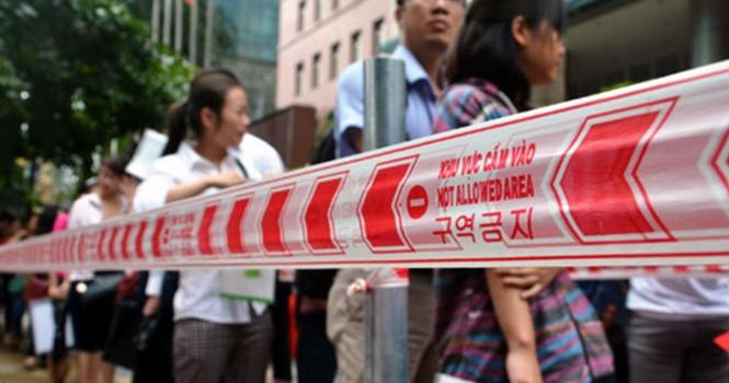 Hà Nội: Người dân bức xúc vì bộ máy công chức cồng kềnh