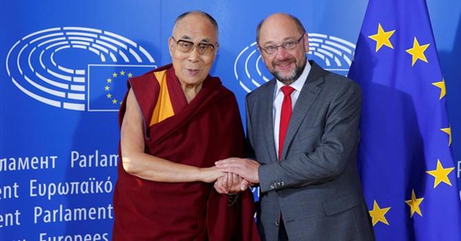 Trung Quốc nổi đóa khi Đạt Lai Lạt Ma phát biểu ở Nghị viện châu Âu