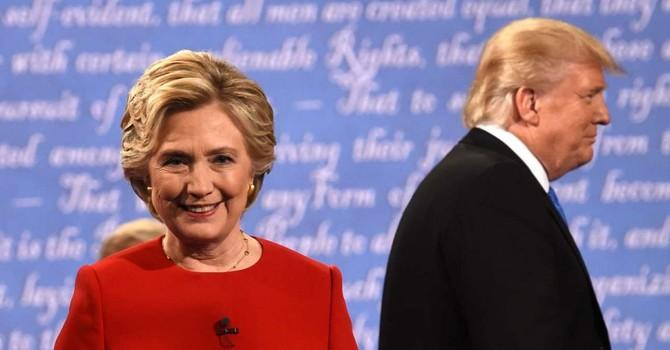 Trung Quốc săm soi từng lần bị nhắc đến trong tranh luận Trump-Clinton