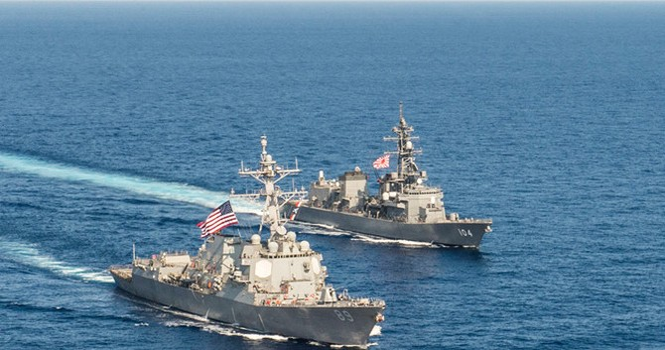 """Trung Quốc dọa Nhật Bản tuần tra Biển Đông là """"chơi với lửa"""""""