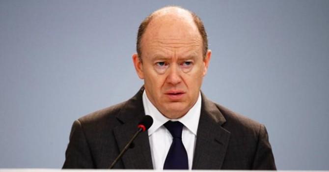 CEO Deutsche Bank trấn an nhân viên khi cổ phiếu lập đáy mới
