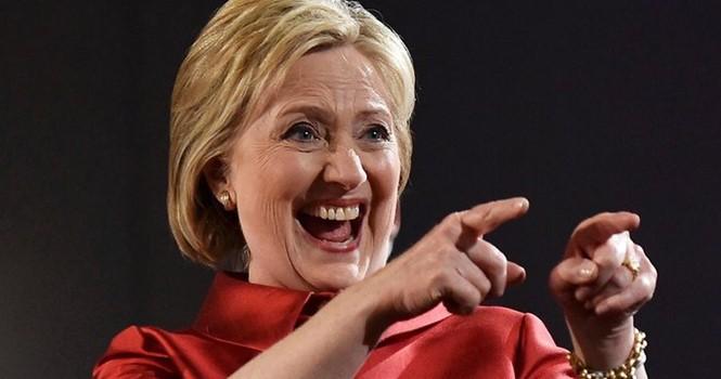70 nhà khoa học đoạt giải Nobel ủng hộ bà Clinton làm tổng thống Mỹ