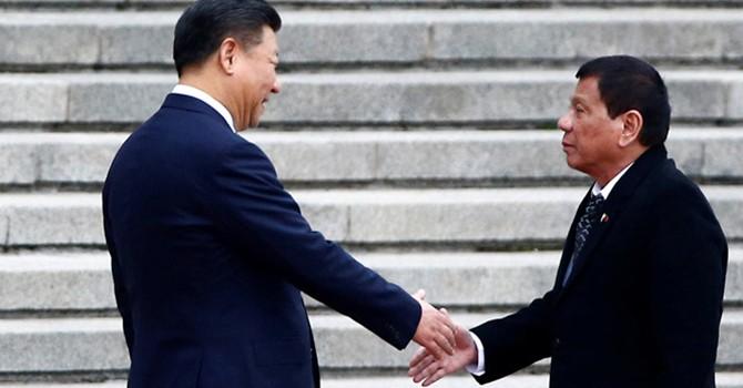 Nước Mỹ trước tình bạn mới Duterte - Trung Quốc: Không cần quá lo!