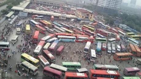 Điều xe khỏi bến Mỹ Đình: Sở Giao thông vận tải chống lệnh chủ tịch Hà Nội?