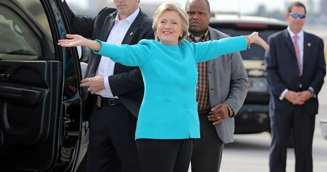 Bà Clinton mừng sinh nhật 69 tuổi