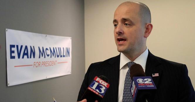 Nước Mỹ sẽ có tổng thống 40 tuổi tên Evan McMullin?