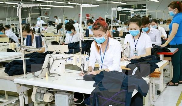 Năm 2017, doanh nghiệp dệt may Việt Nam tiếp tục gặp khó khăn
