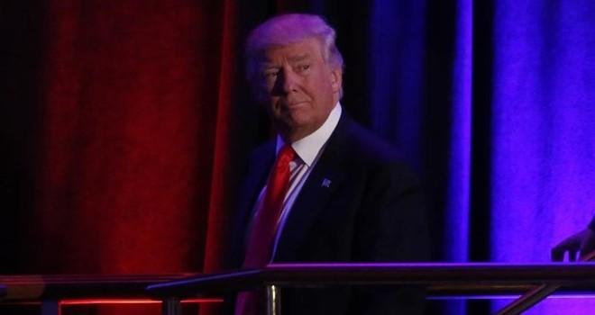 Donald Trump có thể mất chức tổng thống