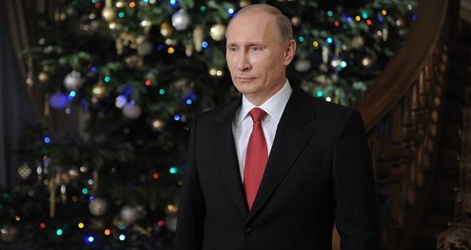 Tổng thống Putin chúc mừng năm mới Trump, bỏ qua Obama