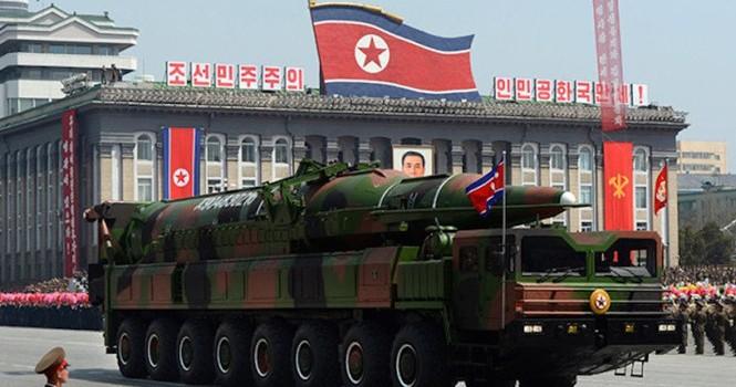 """Tên lửa của Triều Tiên có """"ám ảnh"""" ông Trump?"""