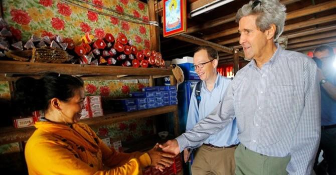 Ngoại trưởng John Kerry và mối duyên nợ với Việt Nam