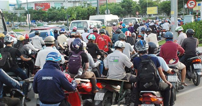 Đi cáp treo vào sân bay Tân Sơn Nhất?