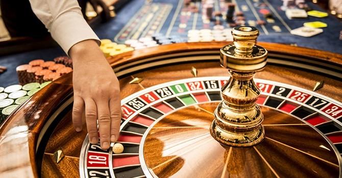 Người Việt vào casino: Quy định mức thu nhập là không thực tế