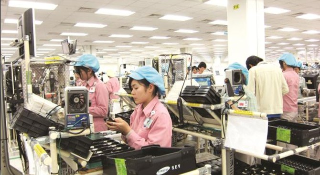 Mặt hàng xuất khẩu chủ lực của Việt Nam hiện là gì?