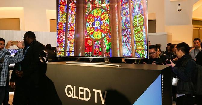LG, Samsung và những cuộc khẩu chiến về công nghệ TV OLED, QLED