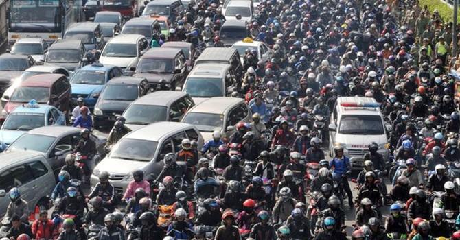 Tiếp tục xuất hiện đề xuất cấm xe máy chạy trên đường