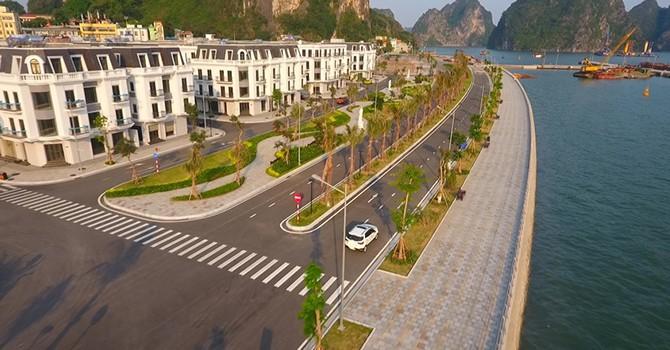 """Mua nhà đẹp Vinhomes Dragon Bay - trúng xế """"vàng"""" lexus"""