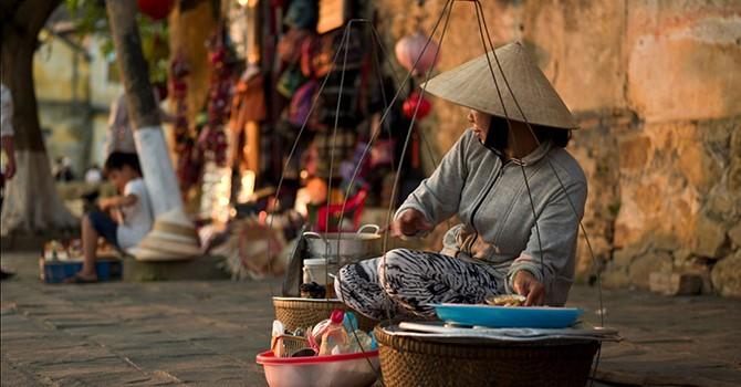 Giá thuê vỉa hè Sài Gòn được tính toán thế nào?