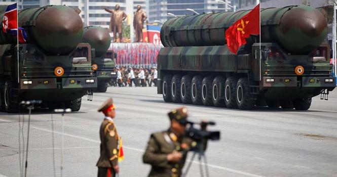 Hai miền Triều Tiên so kè tên lửa
