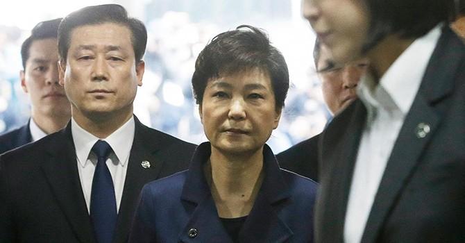 """Triều Tiên thề sẽ """"hành quyết"""" cựu Tổng thống Hàn Quốc Park Geun-hye"""