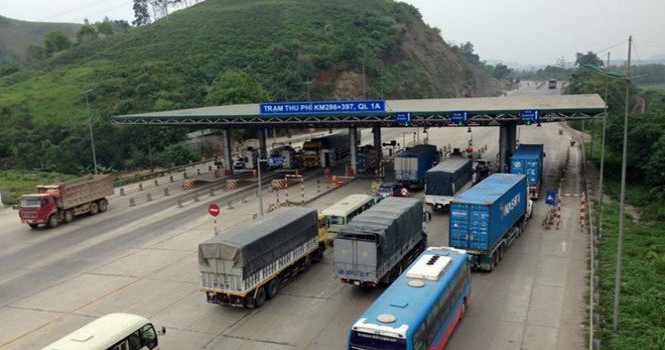 """Tạm dừng thu phí trạm Tào Xuyên: Bộ Giao thông vận tải """"một mình một phách""""?"""