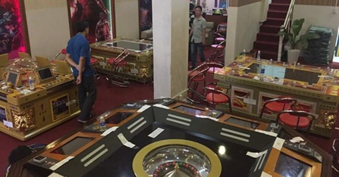 Phá ổ bạc ở trung tâm TP. HCM do người Trung Quốc làm quản lý
