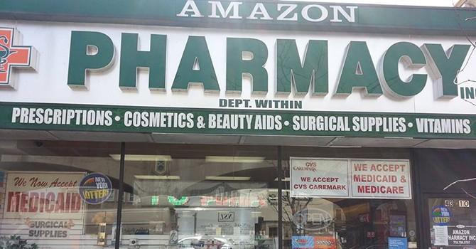 "Amazon ""lấn sân"" sang dược phẩm"
