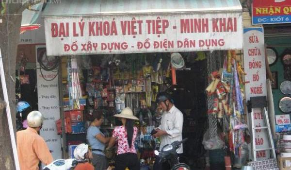 Cú ngã đau đớn của Khóa Minh Khai và bài học về kinh doanh tử tế