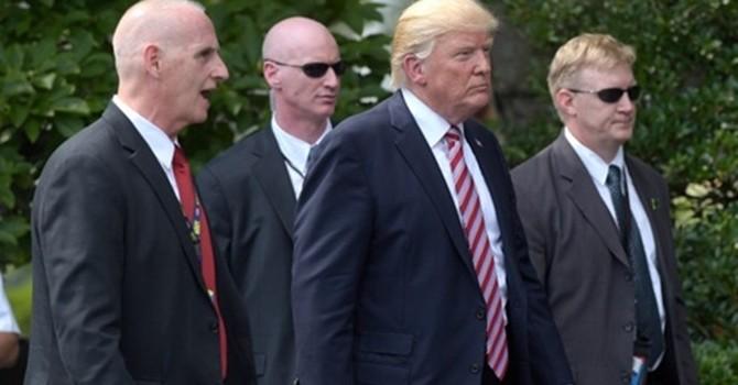 Hàng rào an ninh ba lớp bảo vệ tổng thống Mỹ khi công du nước ngoài