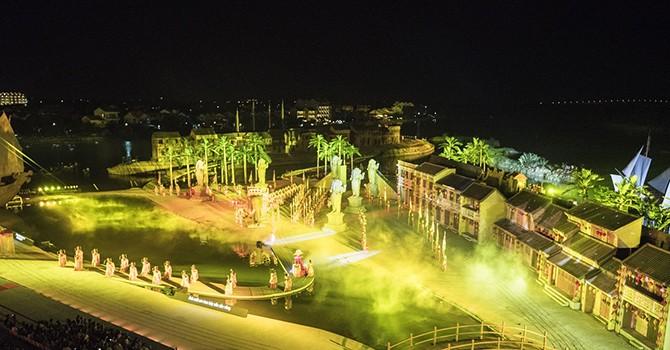 """Xác lập nhiều kỷ lục xây dựng với """"Sân khấu ngoài trời lớn nhất Việt Nam"""" tại Hội An"""