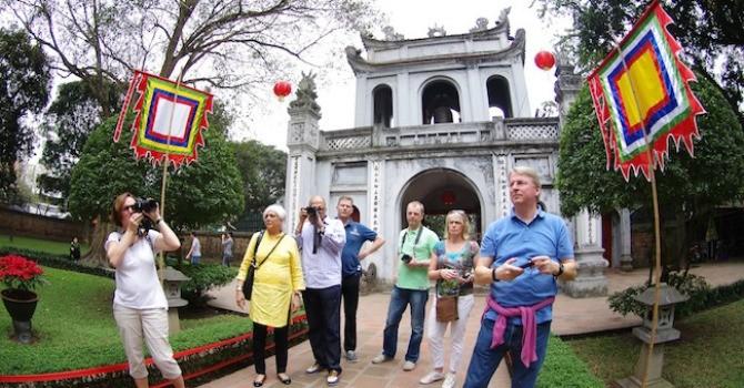 Khách quốc tế đến Hà Nội tăng mạnh trong 2 tháng đầu năm