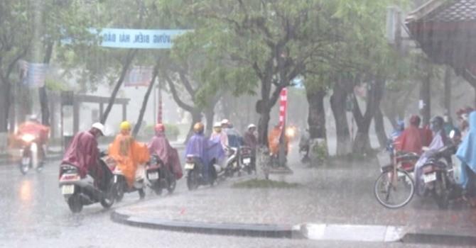 Mưa to ở Hà Nội nhiều khả năng gây ngập úng