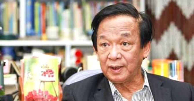 """GS. Nguyễn Lân Dũng: """"Lãnh đạo để dân ăn rau có thuốc trừ sâu là vô trách nhiệm"""""""