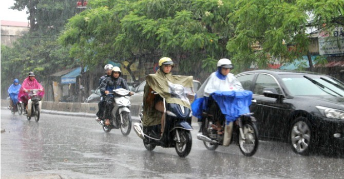 Hà Nội có mưa dông về chiều tối và đêm