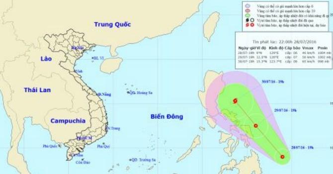 Bão số 1 vừa suy yếu, có thể có bão mới hướng về Biển Đông