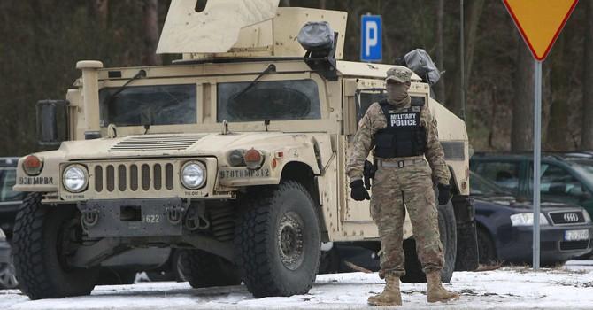 Mỹ muốn gì khi tập trung các đơn vị tinh nhuệ tới biên giới với Nga?