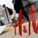 Zara khiến H&M lao đao nhất trong 16 năm kinh doanh