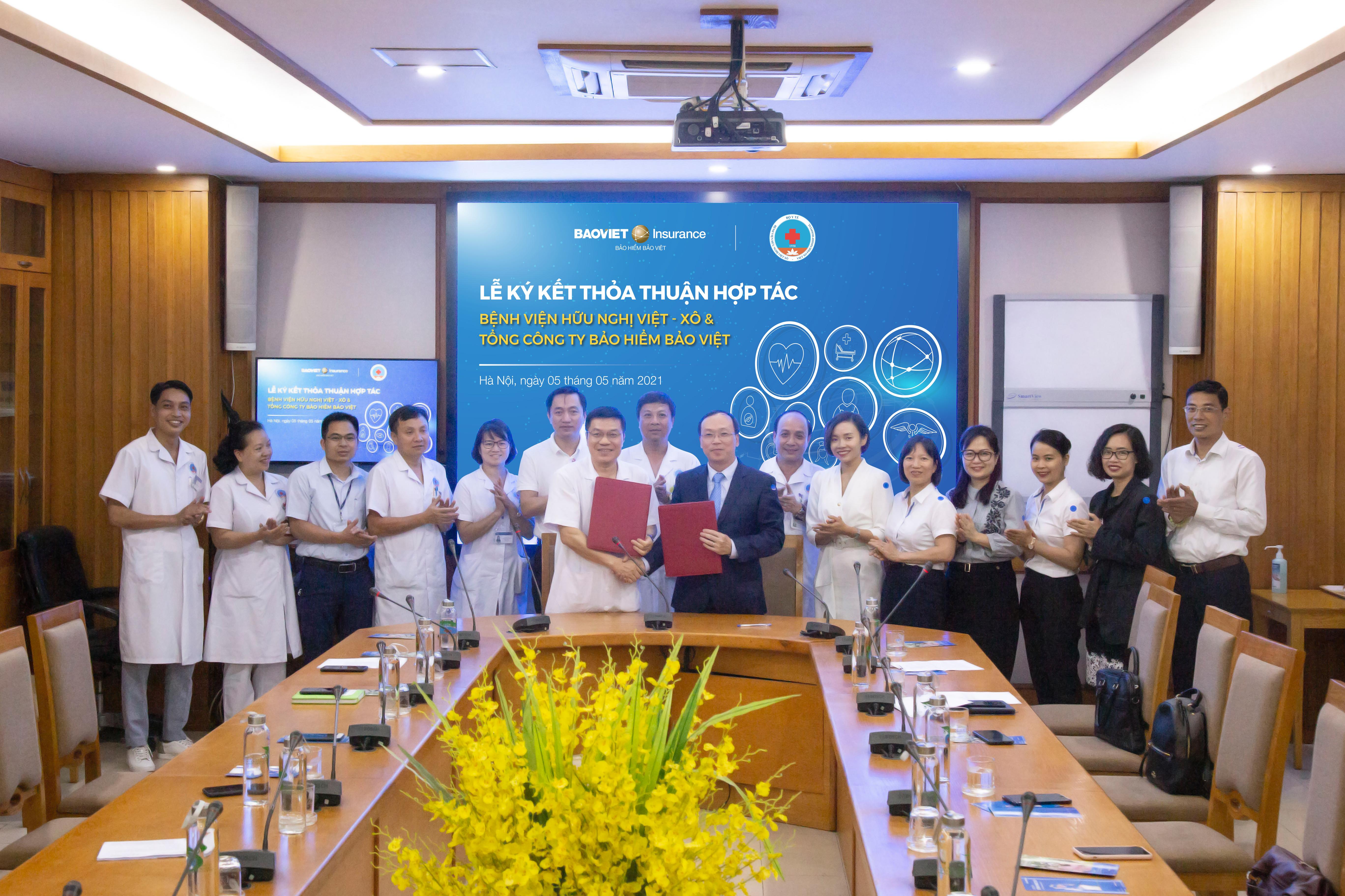 Khám bệnh không tiền mặt với hợp tác bảo lãnh viện phí giữa Bảo hiểm Bảo Việt và Bệnh viện Hữu nghị Việt Xô